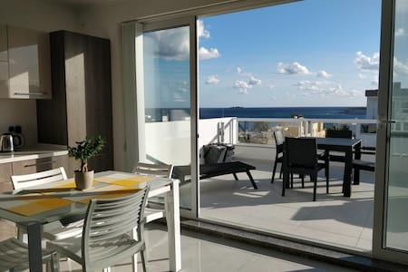 Luxury Sea View Penthouse with large terrace