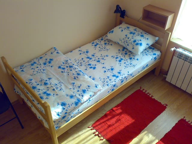 Hostel M .net - Twin Room (1 person) - Beograd - Appartement