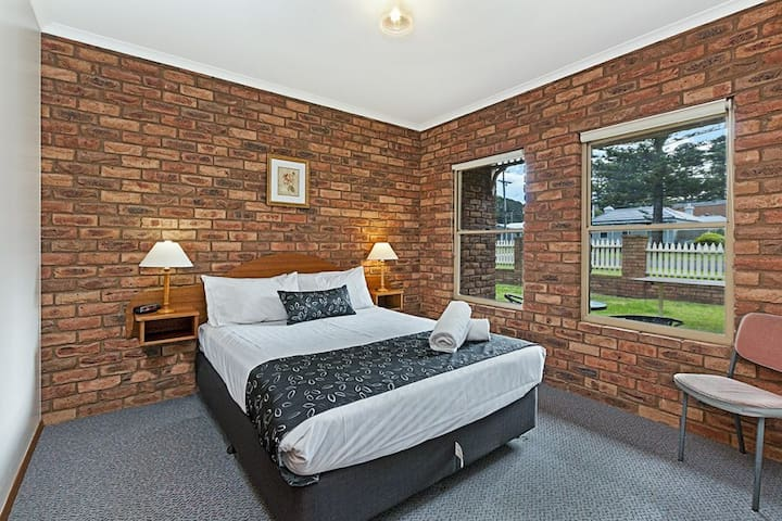 Figtree Holiday Park Apartment