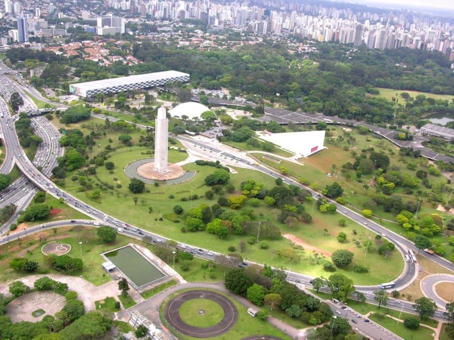 Super bem localizado, próximo ao parque e shopping do Ibirapuera!