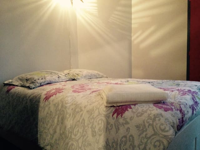 Studio calme & lumineux pour un séjour à Paris 18
