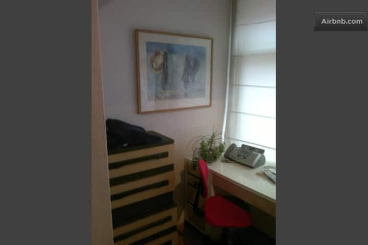 Cute Room in  Den Haag Centrum