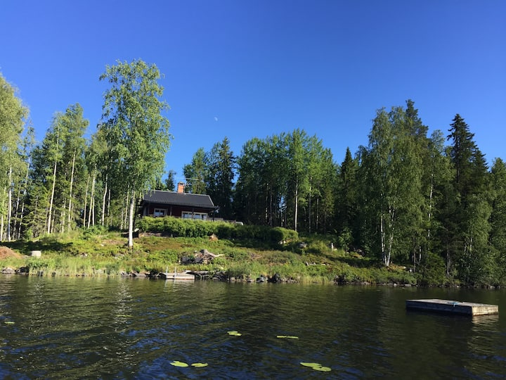 Uniqe located cabin on its own peninsula