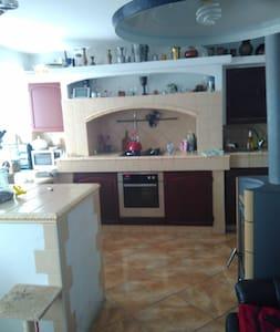 Doma - Třebíč - Hus