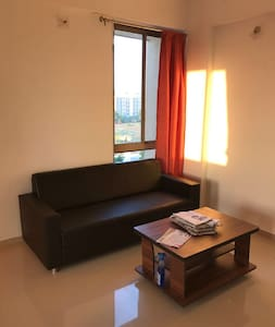 Budget Apartment for Travellers - Gandhinagar
