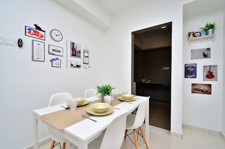 Menjalara-desapark/Damansara Ikea/Pj 中文房东 1 room