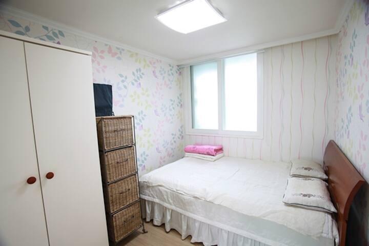 Clean, Spacious, Comfortable Room-2 - Seul - Apartamento