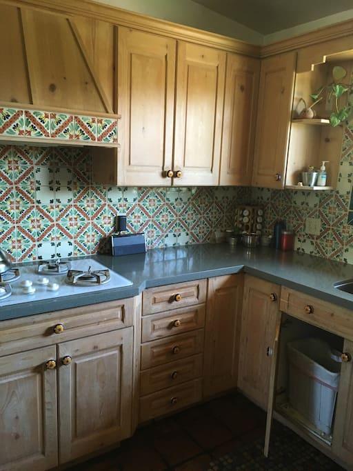 talavera tile kitchen