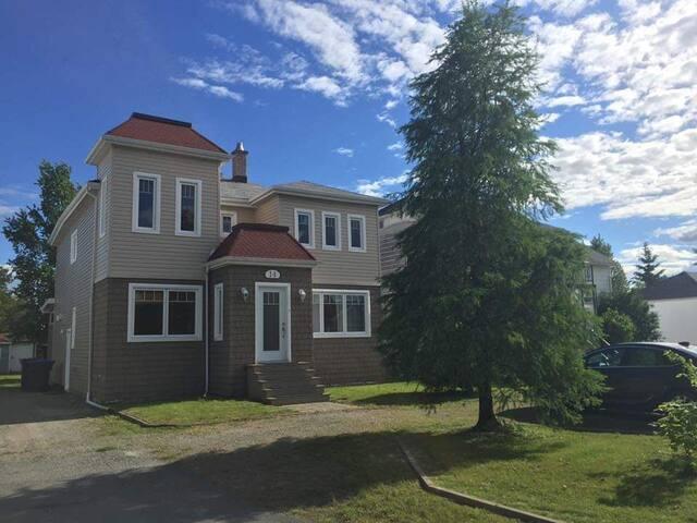 Belle résidence aux abords du lac Macamic