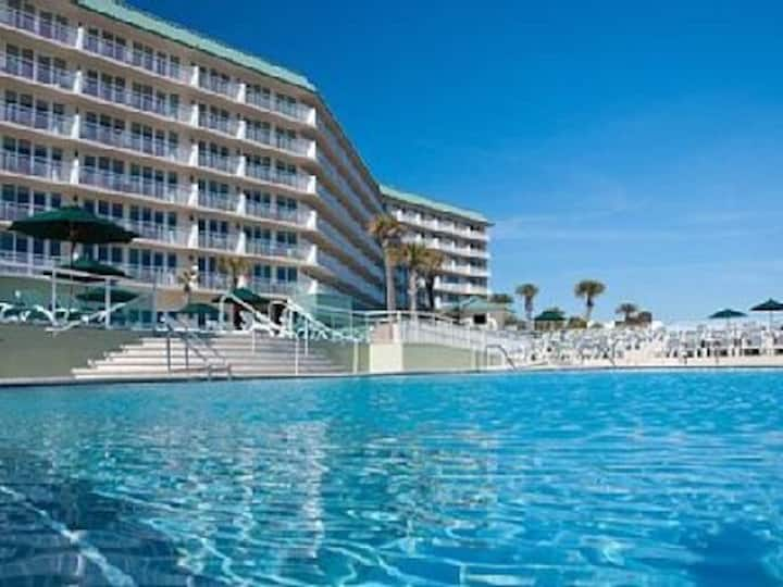 Royal Floridian Water Front Resort, Ormand Beach