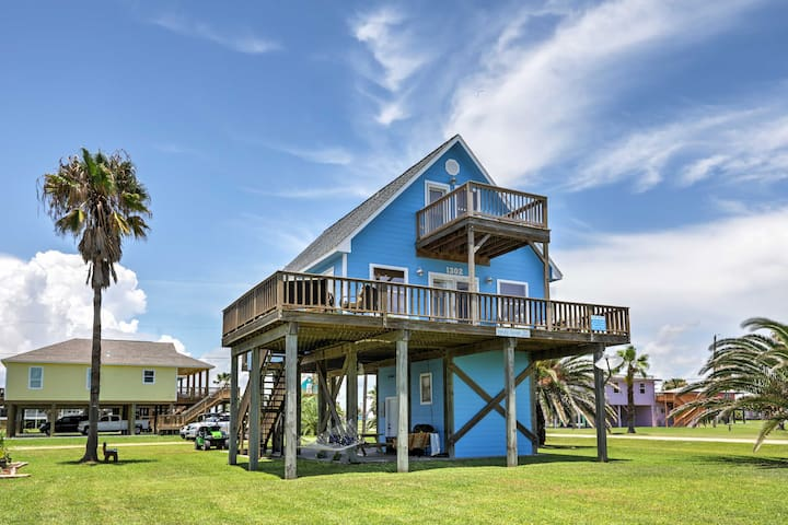 NEW! Surfside Beach 3BR House - Deck w/ Gulf View!