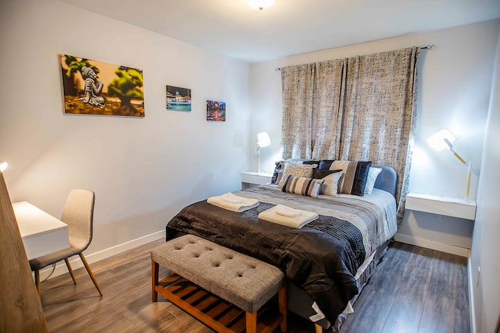 Furnished Master Bedroom - Perfect for Students