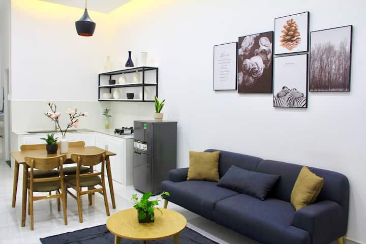 Scandi Homestay - unique scandi in city center