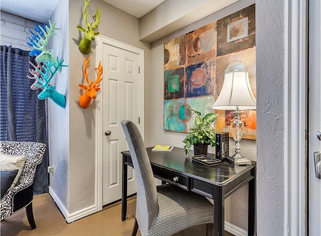 Downtown OKC Studio | Walkable to Bricktown
