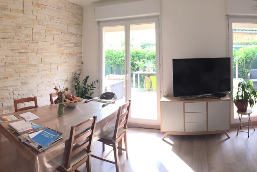 Appartement confortable avec jardin 4p 64m2 appartements - Jardin botanique issy les moulineaux ...