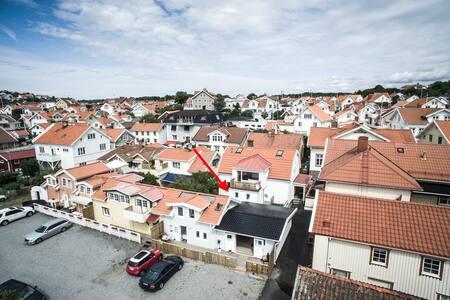 Lägenhet i centrala Grebbestad med nära till allt - Tanum V - 公寓