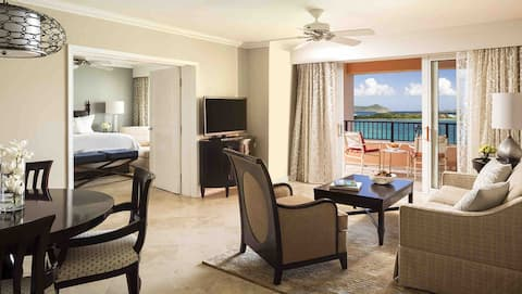 2 bedroom 2 bath suite Ritz Carlton Club St Thomas