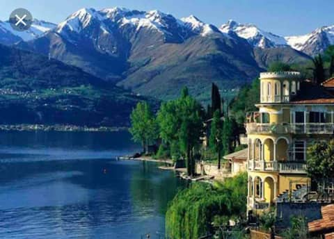 A perfect combination between mountains and lake !