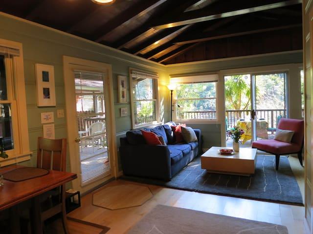 Riverlily Cottage #1 - Guerneville - Chalet