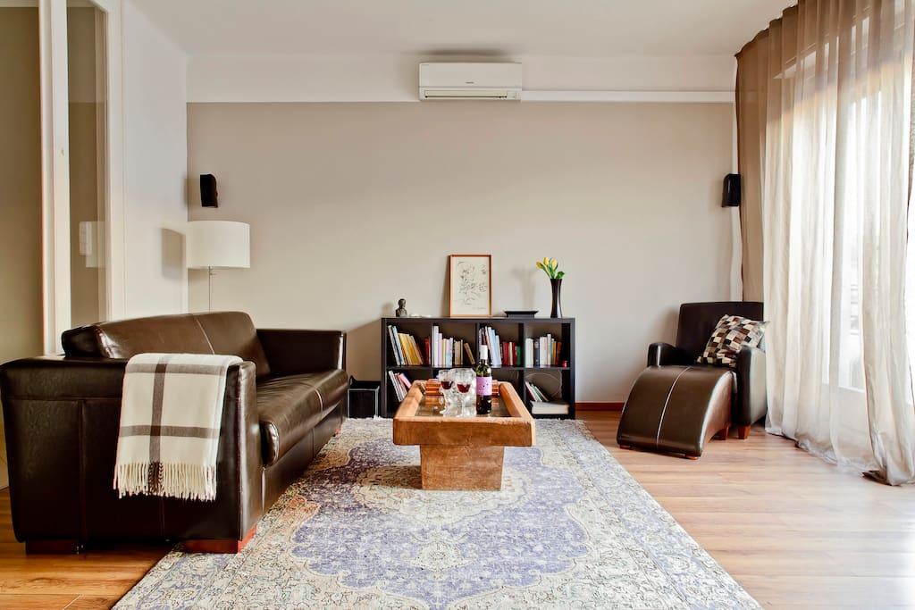 Living Room with airco and balcony