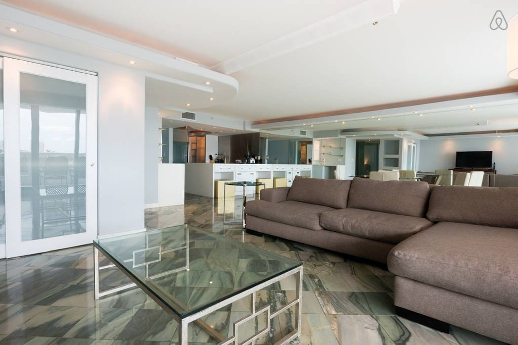 """The Grand 1254 