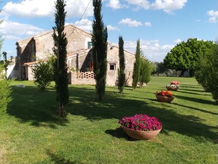 Casal Ferriano - Tipica Casa Colonica - Fano