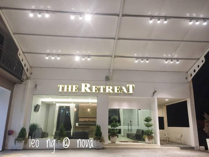 The Retreat, Nova Highlands Resort (high level)