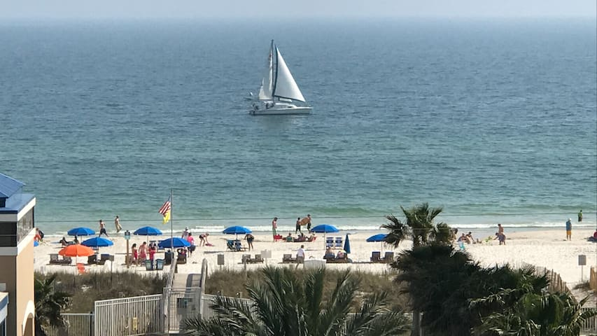 BED & BEACH & BEYOND - on Gulf of Mexico Sands!