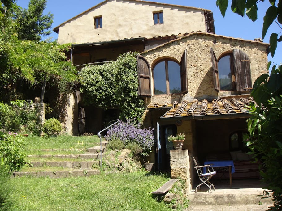 volterra the loggia in tuscany houses for rent in