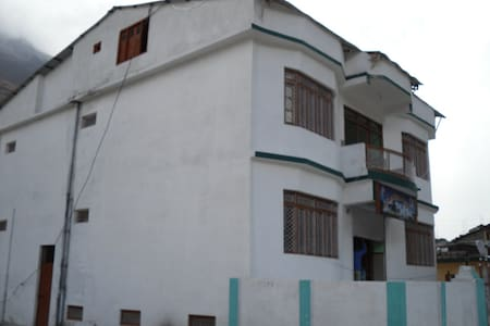 Hotel Shree OM Kuteer