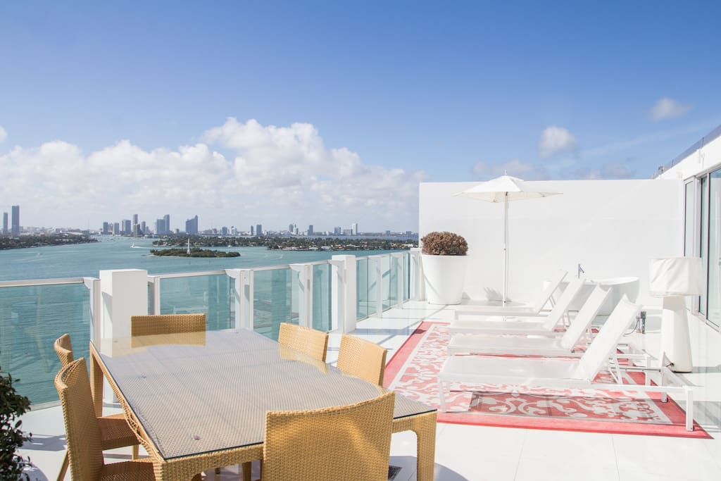 bedroom rooftop tower suite 04 apartments for rent in miami beach