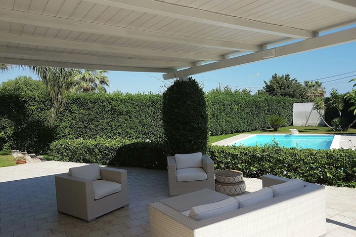 Luxurious Villa with Private Pool in Scicli Italy