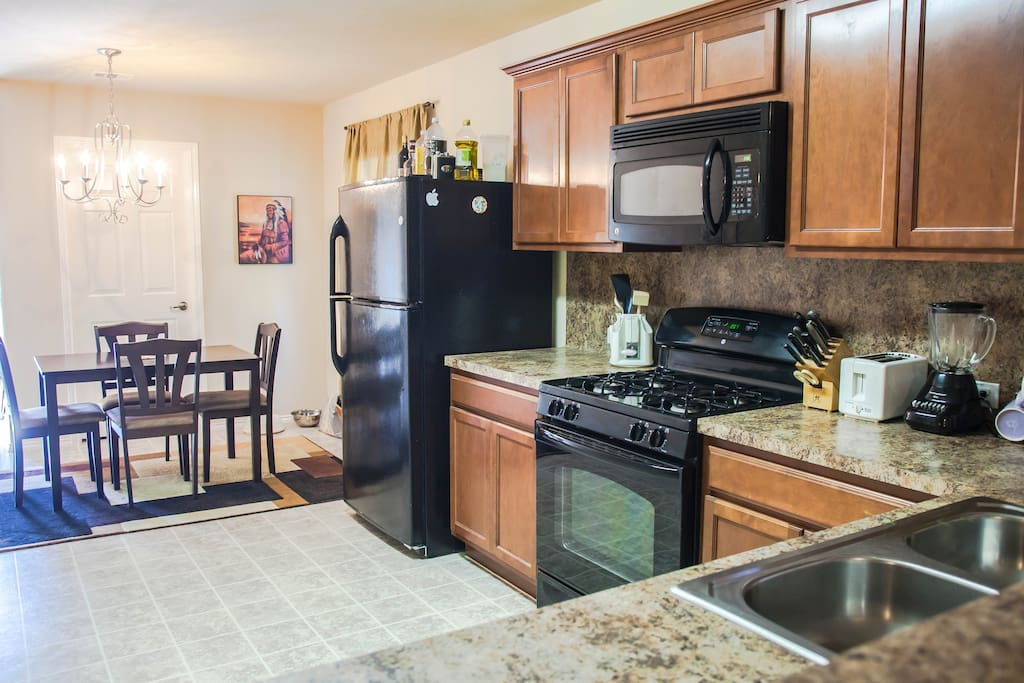 SXSW Home 10 mins to DT  3BR/2BTH