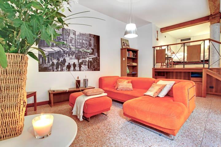Gemuetliche open space Wohnung