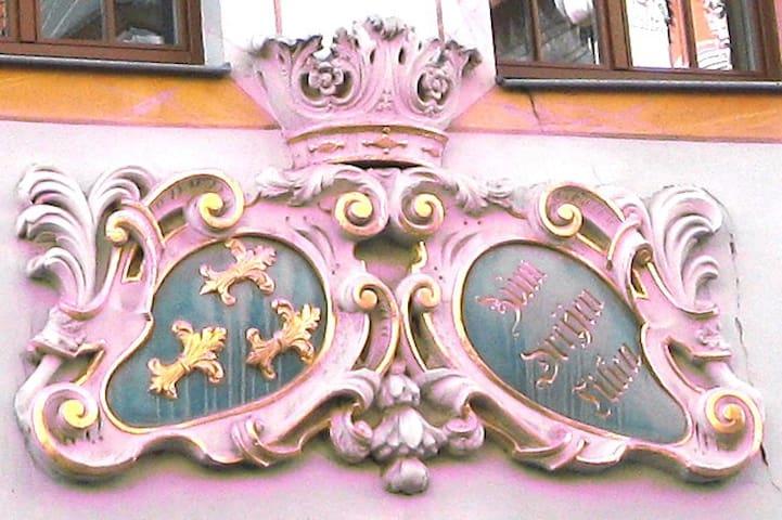 """Ferienwohnung """"Dreyen Lilien"""" - Naumburg - Apartamento"""