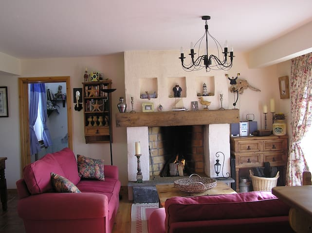Wild Atlantic Way Cottage, Co Clare - Querrin - Chatka