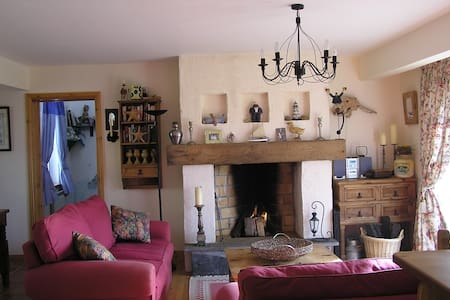 Wild Atlantic Way Cottage, Co Clare - Querrin