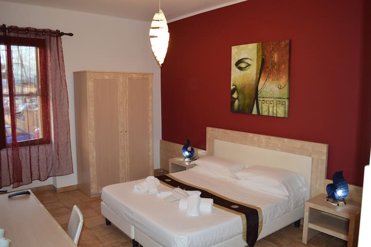 Amaranto Rooms in the center of Alghero
