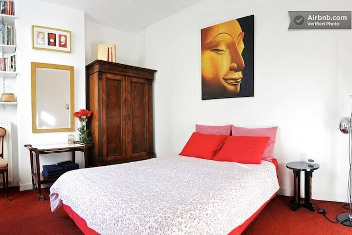 all private, art @ home in city center-2 - Ámsterdam - Bed & Breakfast