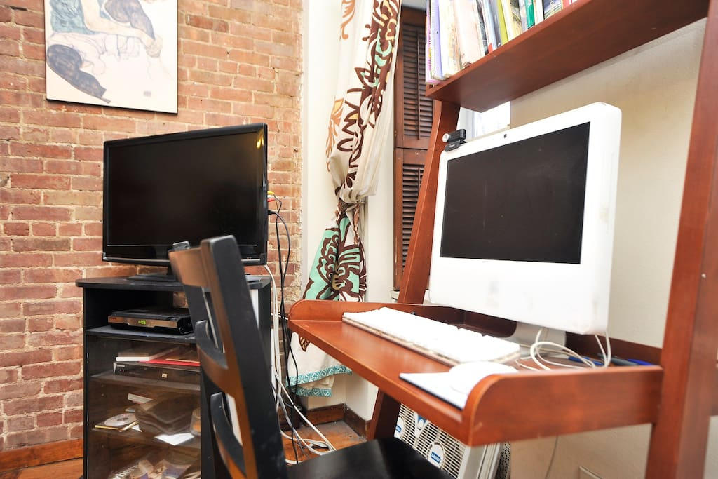 Flat Screen HD TV with Cable, HBO and a DVD player, Mac computer, and WiFi for your own devices