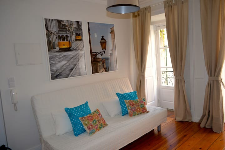 Alfama Apartment - Feel at Home