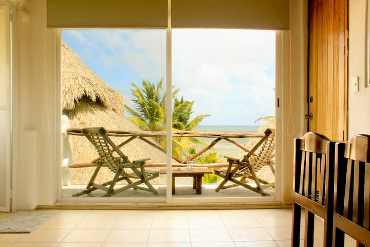 Akiin Sol Suite: Astonishing Ocean View & Location