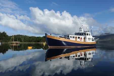 Converted Fishing trawler yacht - Inverness