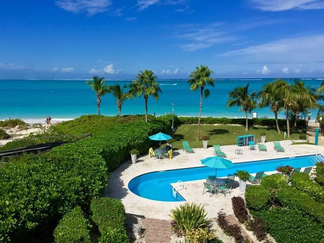 Coral Gardens: 1 Bedroom 1.5 Bath Condominium - The Bight Settlement - Condominium
