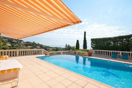 Studio in private villa with pool and seaview - Roquebrune-sur-Argens