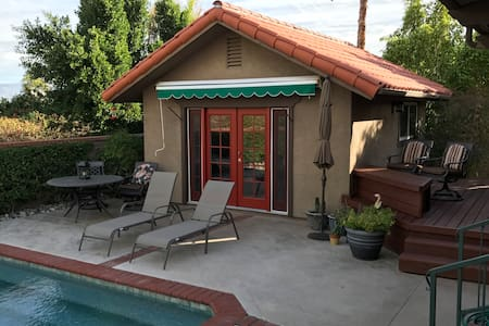 StandAlone Casita - Very Private - Palm Desert - Hus