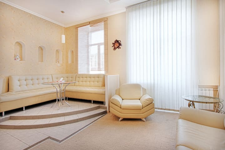 stylish apartment in centre , wi fi - Kiev - Apartamento