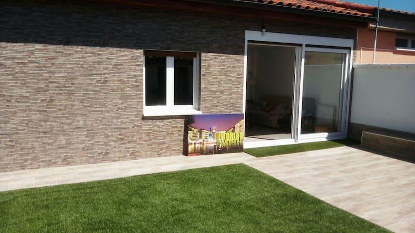 Casa baja con jardin - Vitoria-Gasteiz - Rumah