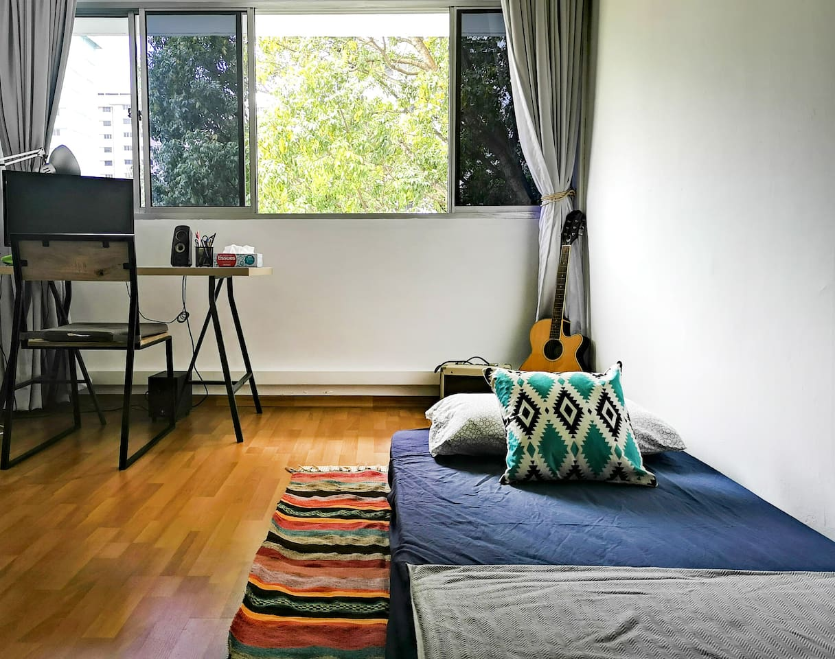 Bedroom for 2 with 2 Single Mattress