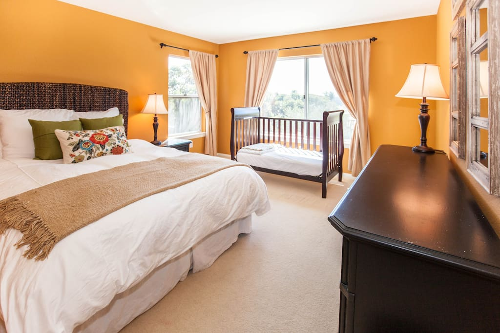 Large private room with private bath and walk in closet. The baby crib is available if needed.